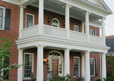 Aventador Manor